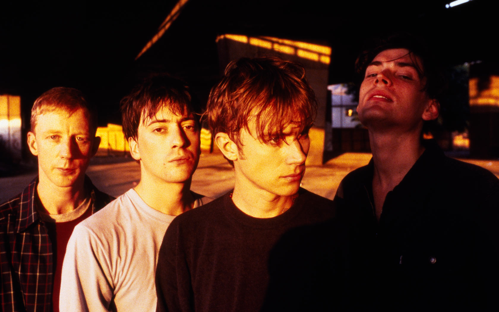 blur Blur is the fifth studio album by the english rock band of the same name, released on 10 february 1997 by food records blur had previously been broadly critical of american popular culture and their previous albums had become associated with the britpop movement, particularly parklife (1994.