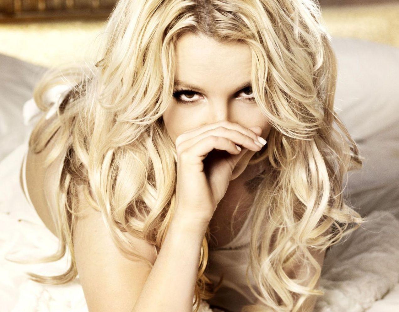 Уходящая блондинка картинки 16 фотография
